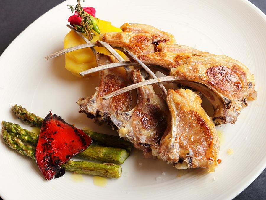 Costillas de Ternasco de Aragón | Restaurante Palomeque