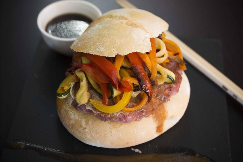 Hamburguesa gourmet de Ternasco de Aragón 2