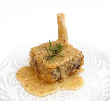 Jarretes de TA con almedras y galletas María - Restaurante Gratal