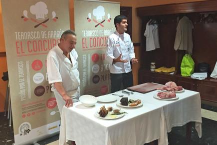 Javier Robles y Marcial Sanchez en el Restaurante Ambeles de Teruel