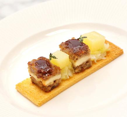 Pastel de Ternasco de Aragón y queso patamulo - Montal