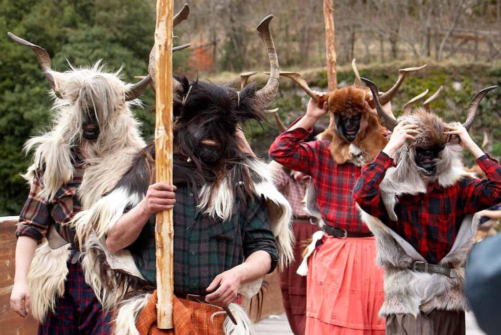 carnavales tradicionales - las trangas de bielsa