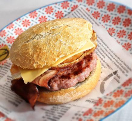 Hamburguesa de Ternasco de Aragón - Restaurante Mérida