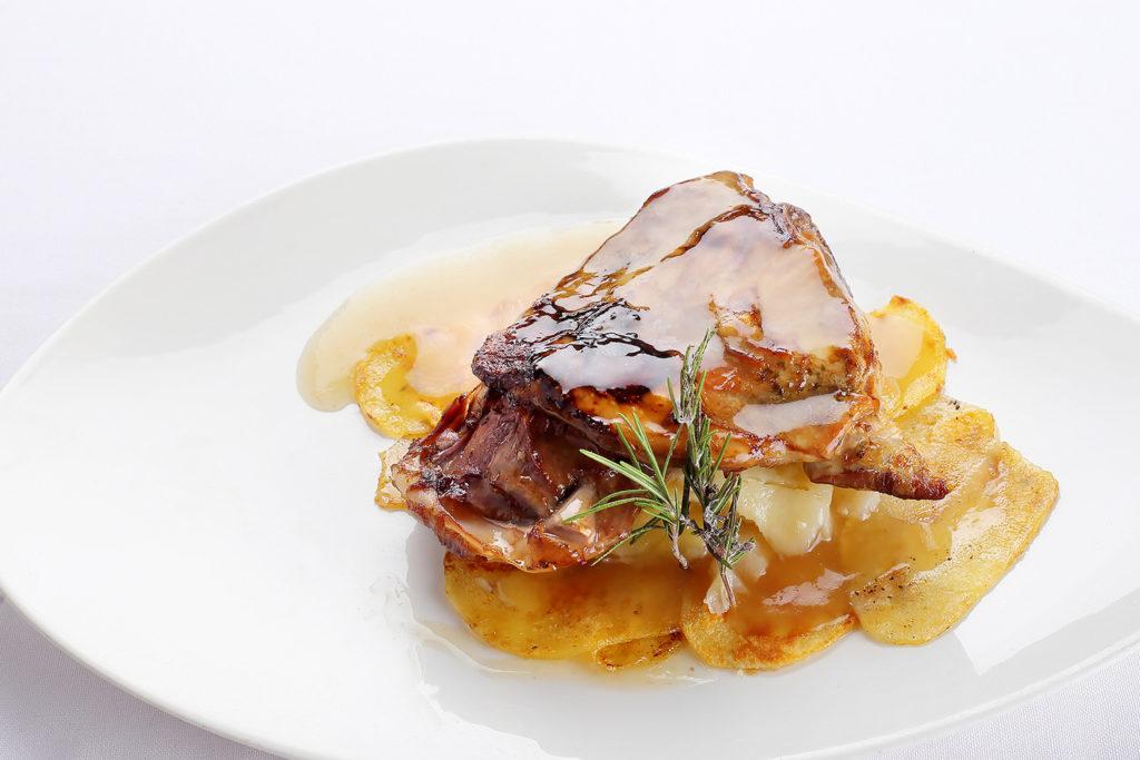 Restaurante Albarracín, Asado de paletilla de Ternasco de Aragón a baja temperatura