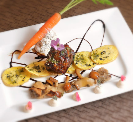 Ternasco de Aragón asado a baja temperatura | Restaurante G&M