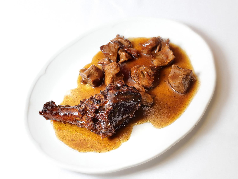 Ternasco de Aragón en salsa de Coca Cola - Restaurante La Cocotte