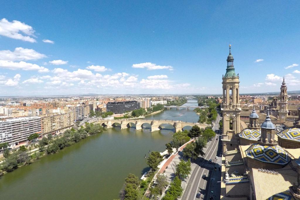 Zaragoza, la capital del Ebro - vista desde la torre del Pilar