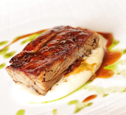 Taco de pierna de Ternasco de Aragón | Restaurante la Menta