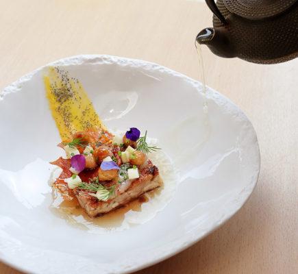Terrina de Ternasco de Aragón con infusión de eucalipto | Método restaurante