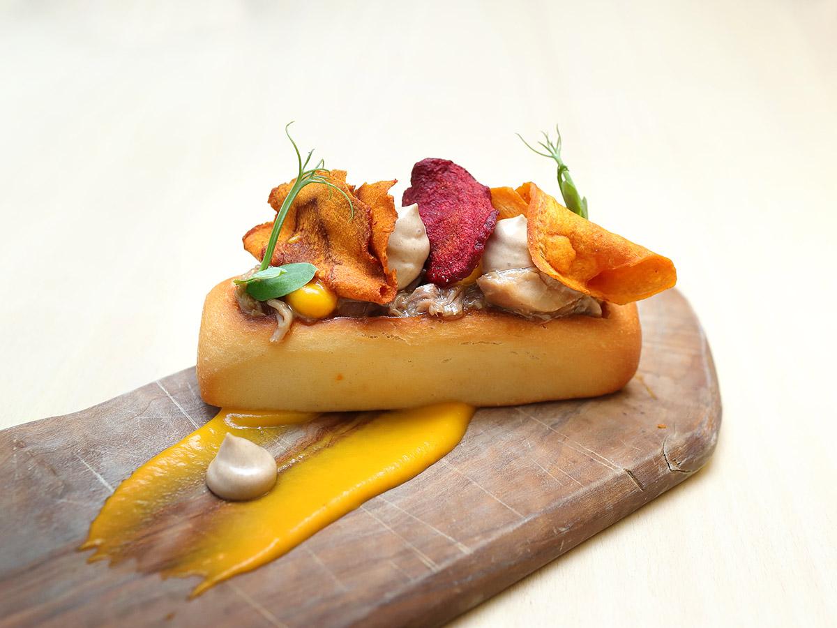 Hot Dog de Ternasco de Aragón | Victoria Gastrobar de Barbastro