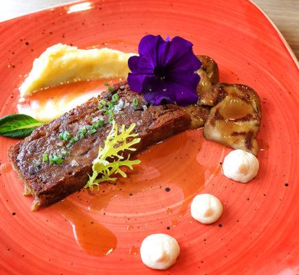 Lingote de Ternasco de Aragón crujiente   La Capilleta Restaurante & Bistró