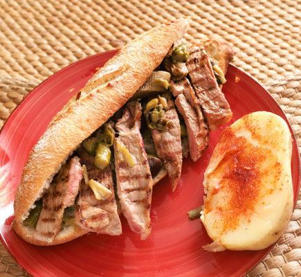 El apetitoso. Bocata de Ternasco de Aragón IGP | Restaurante Aguas Vivas de Belchite
